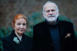 I Maestri Savina e Manlio Amodeo premiati per l'arte che ha rifiutato i compromessi del mercato.